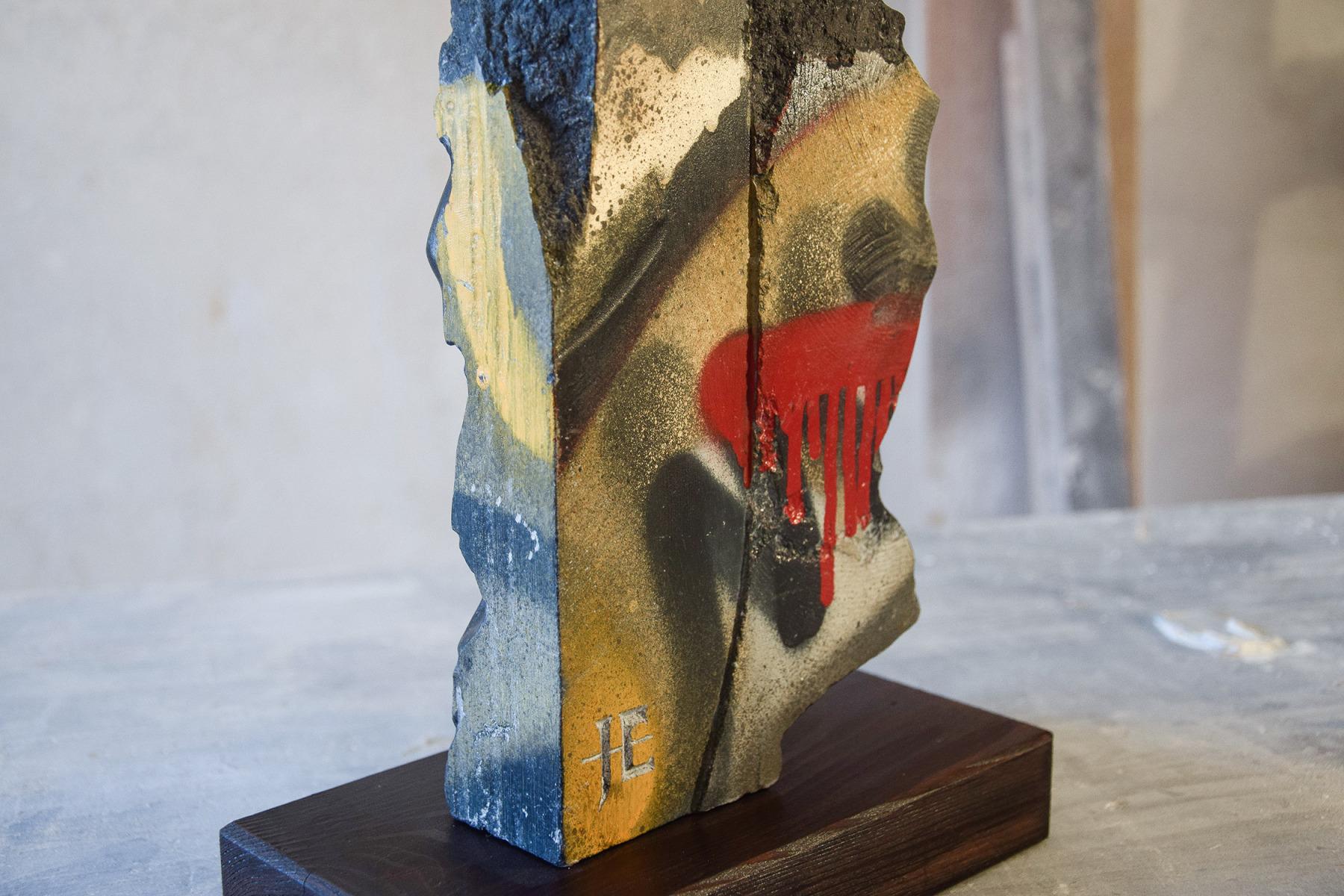 Portraitstudie-Rückansicht-2020-KalksteinskulpturGraffiti-21x12x33cm-2.300€