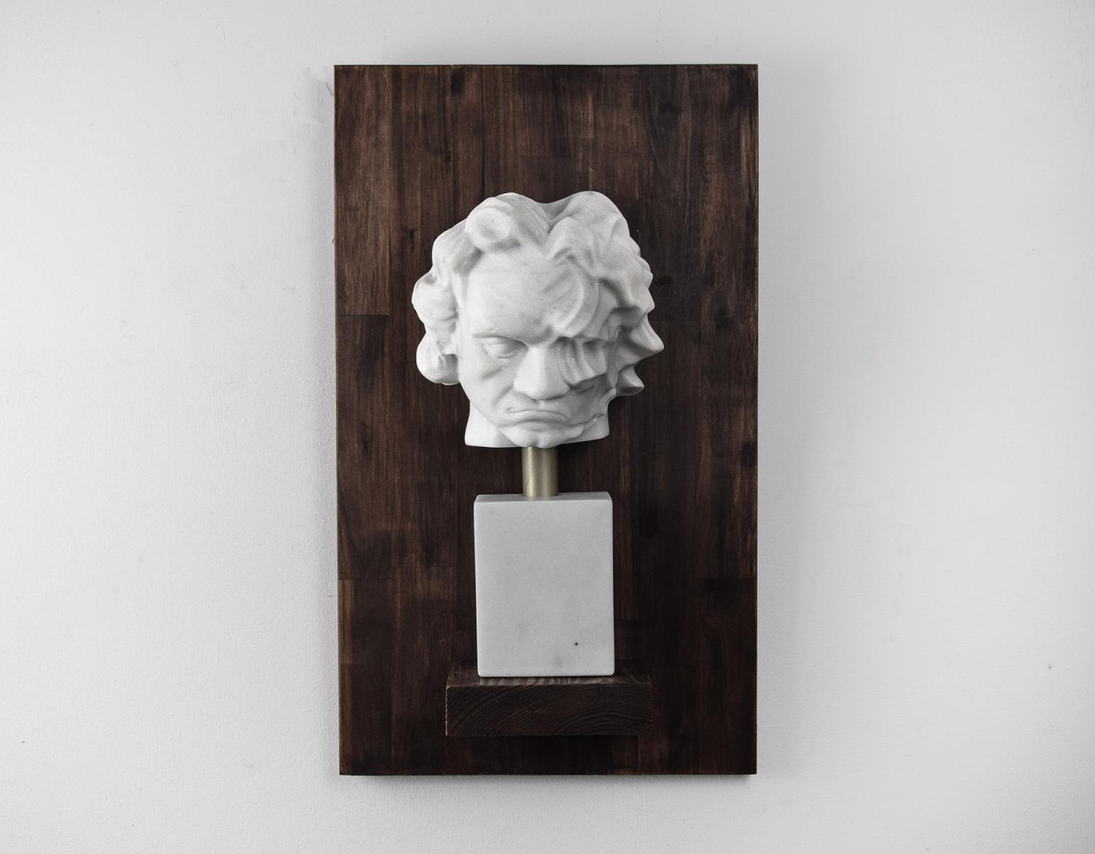 beethoven-2020-Marmor-auf-Akazienholz-30x51x12cm